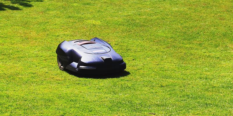 Få mere glæde i livet med en robotplæneklipper