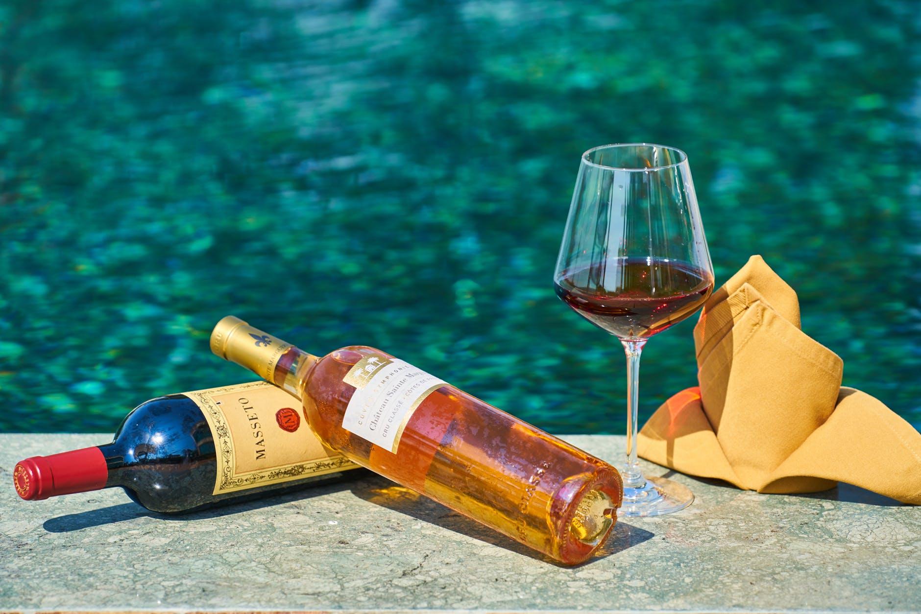 Drikkevarer ved poolen